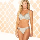 Elegant Lingerie: Full-Fit Bras
